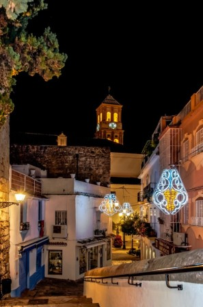 Casco antiguo nocturno