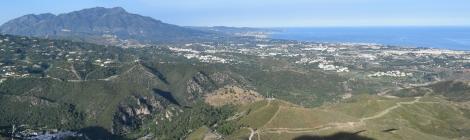 Sierra Blanca y costa de Marbella desde Benahavís